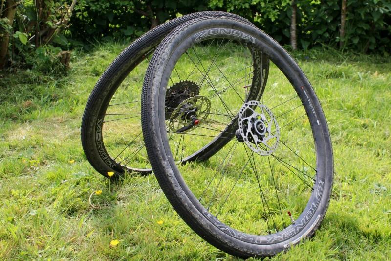 campagnolo zonda c17 disc brake wheelset review
