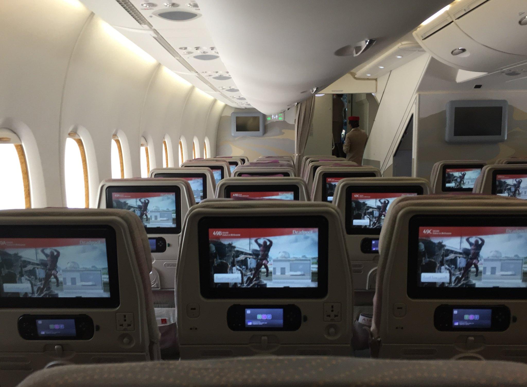 emirates melbourne to dubai review