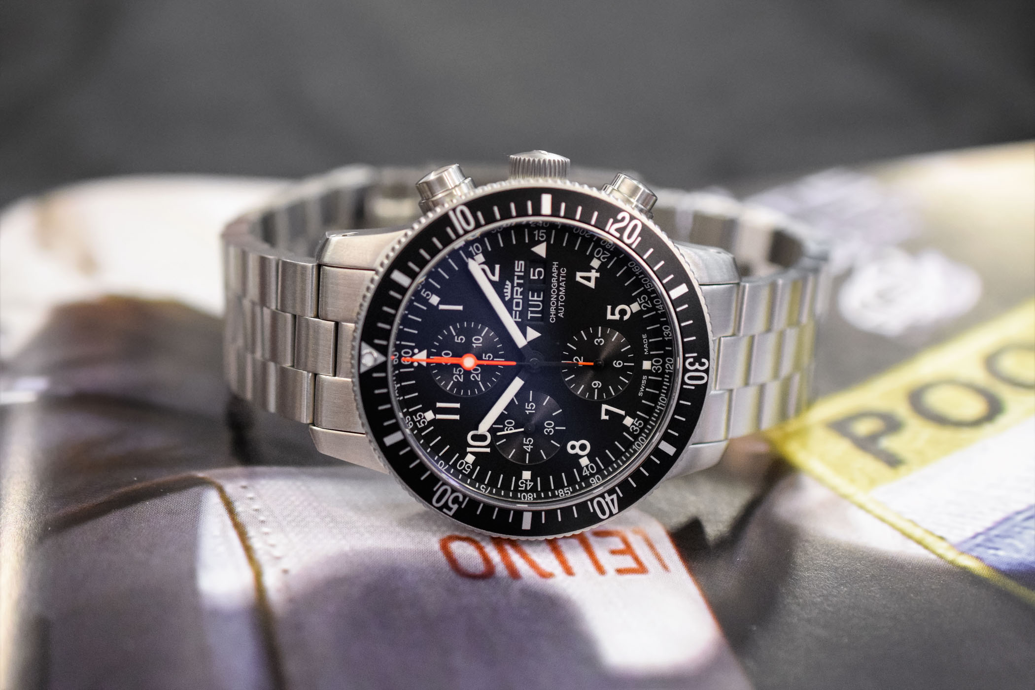 fortis official cosmonauts chronograph review