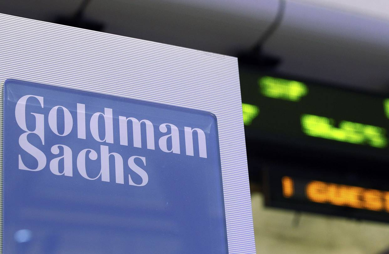 goldman goes beyond annual review with real time employee feedback